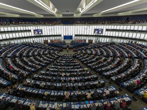 """""""Friday in Venedig"""" im Europaparlament von Strassburg"""